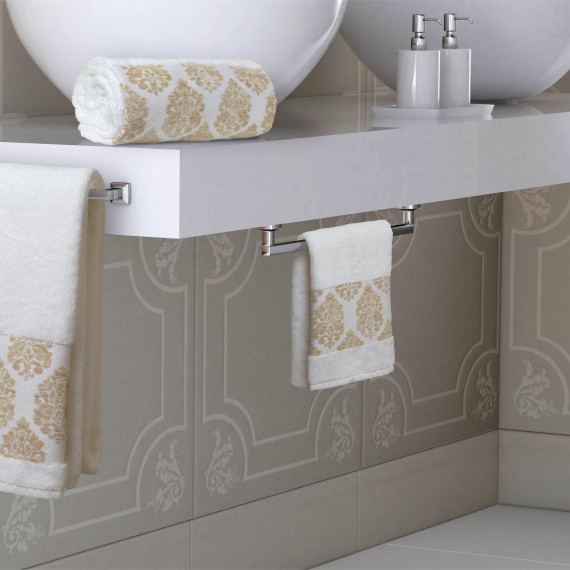 http://catalogopiccolook.it/products/set-ospite-asciugamano